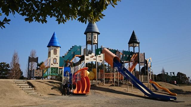 石人の星公園 遊具広場