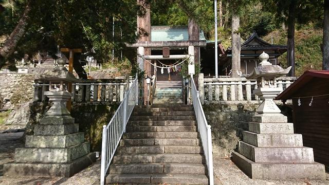 二俣諏訪神社 灯篭