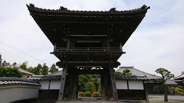 実相寺(實相寺)鐘楼門